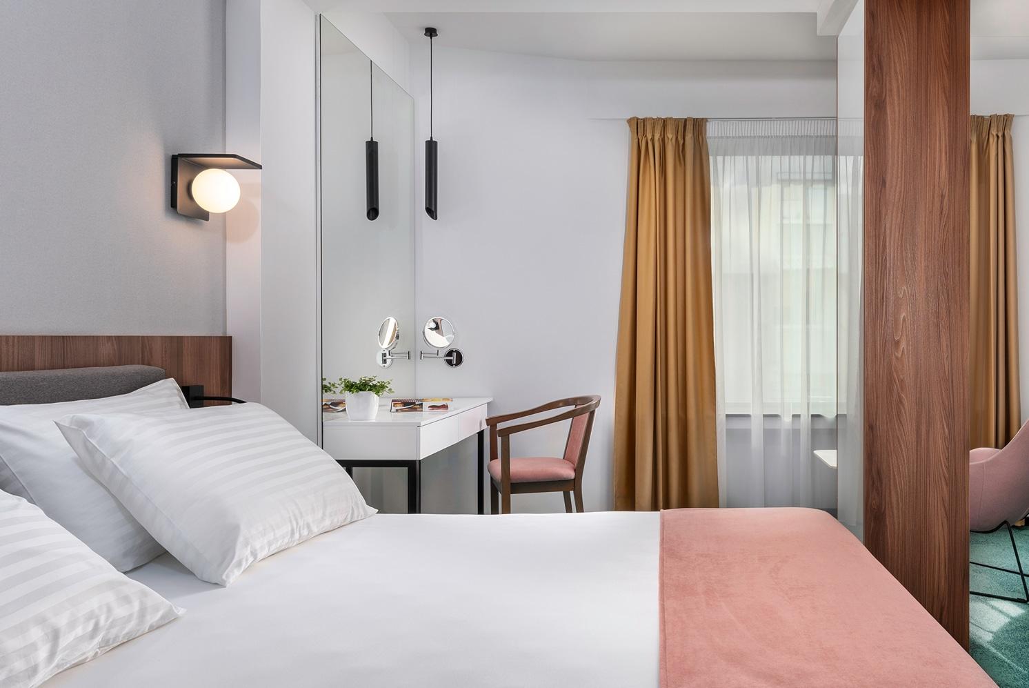 hotel tims premium room