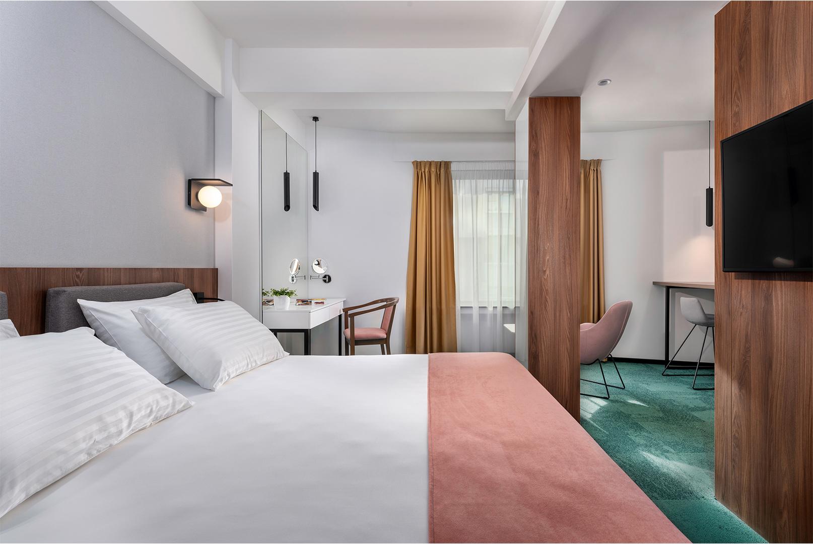 hotel-tims-premium-room-2