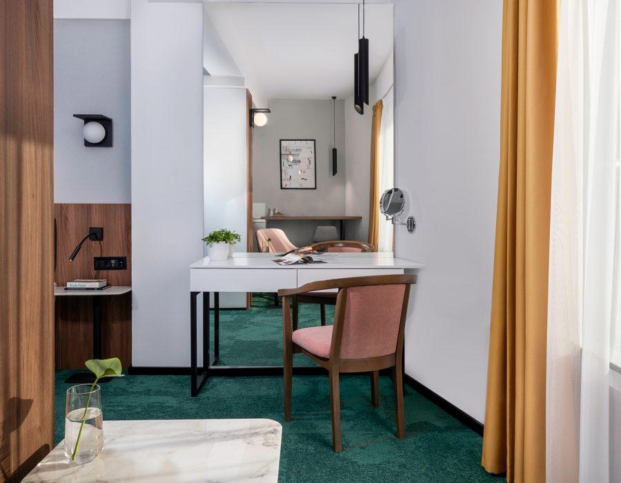 hotel-tims-premium-room-1